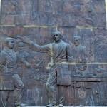 Esculturas y murales que deberías conocer
