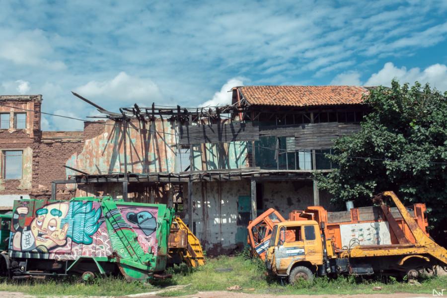 Camiones-Antigua-Penitenciaria-Central