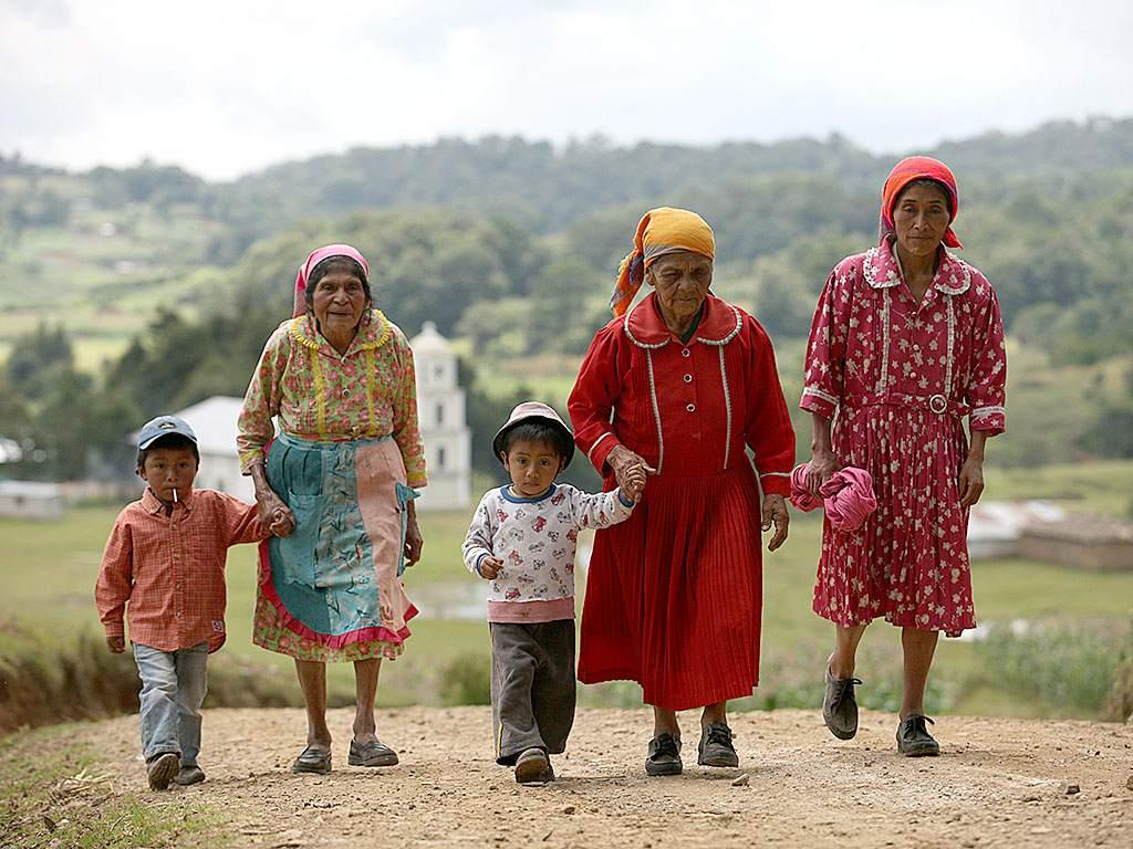 Lencas a la iglesia - Foto de El Heraldo