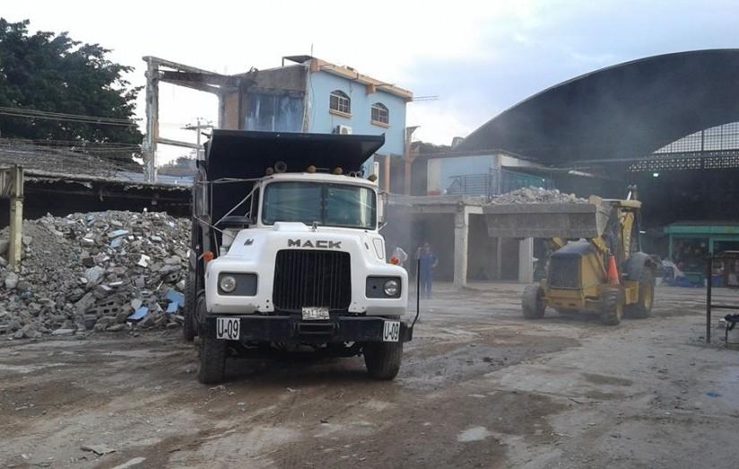 Demolición del Mercado San Isidro - Foto de Radio House