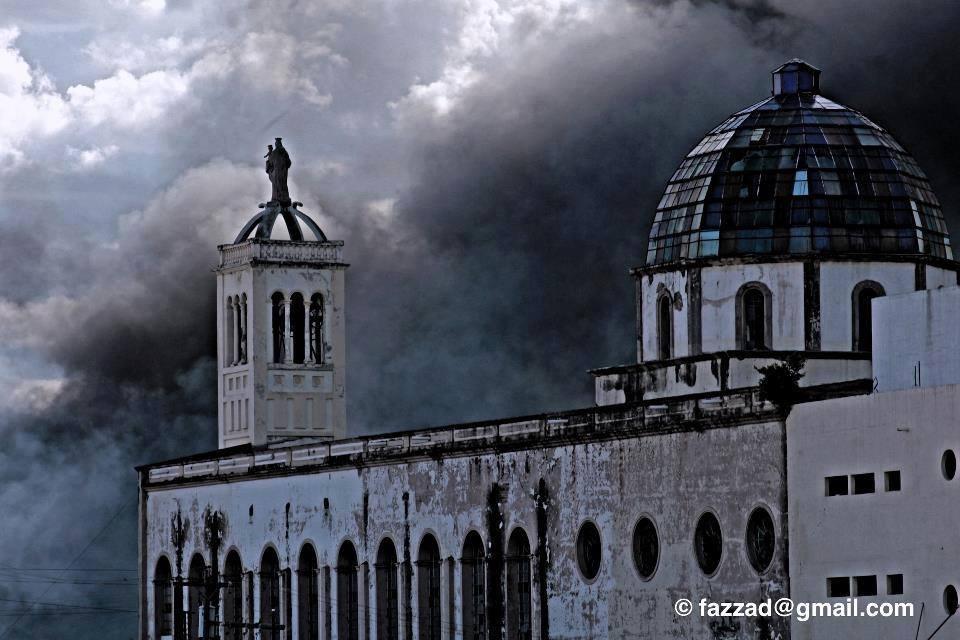 El factor común es desorden, suciedad e incendios - Foto de Fuad Azzad Ham