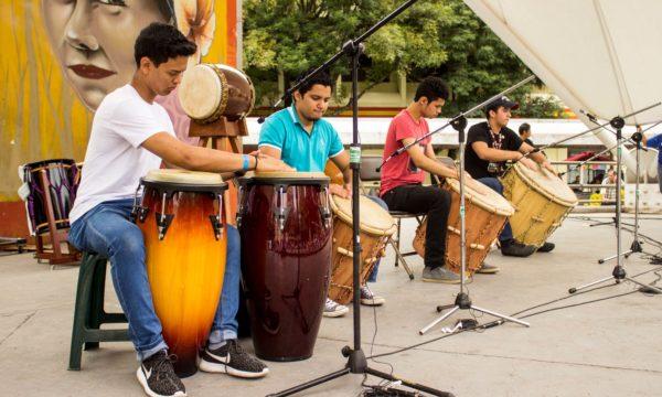 El grupo de tambores hondureño Acrópolis abrió el Festival de Percusión