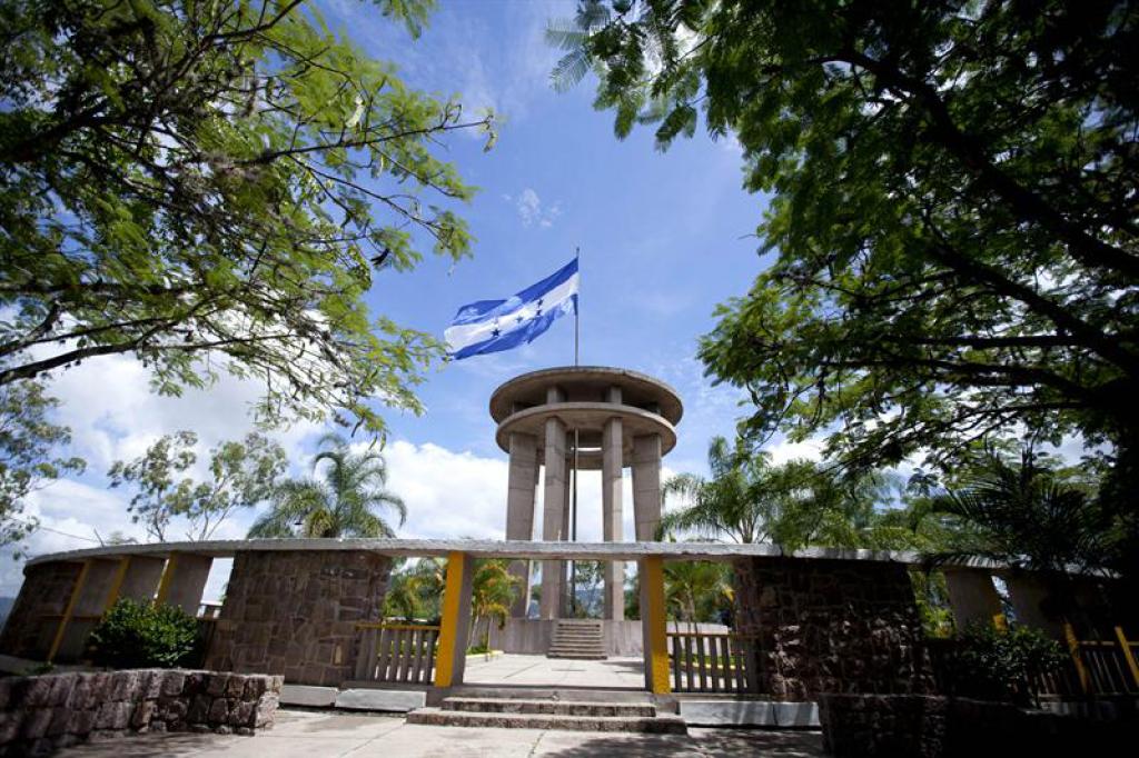 El Monumento a La Paz fue una de las grandes obras de 1948