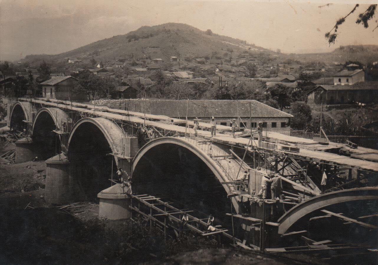 Puente Carías el segundo de los puentes que unen a la ciudad